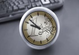 1-Euro-Münze als Uhr
