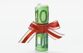 100 Euro Schein mir rotem Schlupf