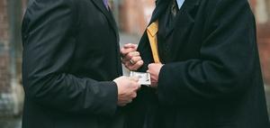 Steuerschlupflöcher schließen und Steuerkriminalität bekämpfen