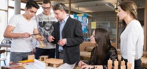Betriebliche Ausbildung: Azubirückgang im Mittelstand erwartet