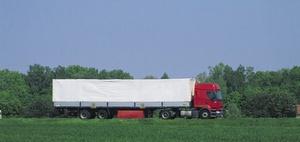 Fahrassistenzsysteme: Neue Pflichten für schwere Nutzfahrzeuge