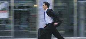 Wann ist bei einer Tagung ein Arbeitsunfall anzunehmen?