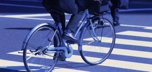 Mitverschulden: Worauf ein Radfahrer beim Überholen achten muss