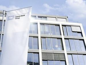 Aareal Bank gut in das Geschäftsjahr 2015 gestartet