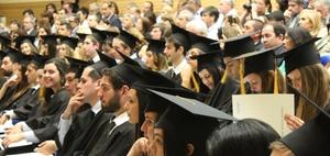 So viele der weltweit besten CEOs haben einen MBA-Abschluss