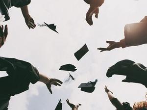 15 Jahre nach Bologna-Reform: Bachelor-Absolventen in der Kritik