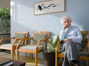 Hilfe für Demenzkranke: Kassen treiben neue Pflegereform voran
