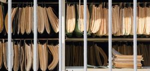 Grundbucheinsicht für Wohnungseigentümer nur beschränkt