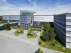 Deutsche Fonds Holding baut Asset-Management aus
