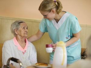 Pflegeheime in NRW und Sachsen am lohnendsten
