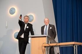 Andreas Großhäuser (rechts) mit Moderator Dr. Herwig Friedag