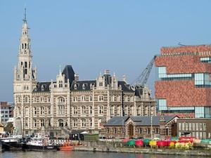 Deka und Regus verlängern Mietvertrag in Antwerpen