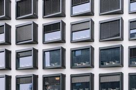 Apartment-Haus Fenster Fassade