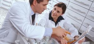 Versicherungsrechtliche Beurteilung einer Apotheker-Vertreterin