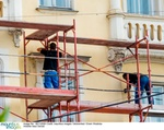 Arbeiter auf Gerüst
