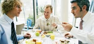 Unentgeltliche oder verbilligte Mahlzeiten an Arbeitnehmer 2020