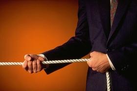 Ausländische Fach- und Führungskräfte finden und binden