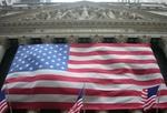 Außenansicht Gebäude New York Stock Exchange mit Fahnen