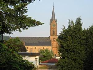 Colours of law: Kirchenasyl – ein Recht neben dem Recht?