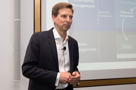 Dr. Carsten Bange, BARC GmbH