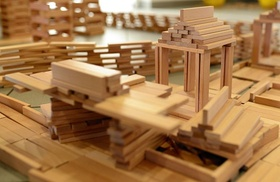 Bauklötze Holz natur Haus