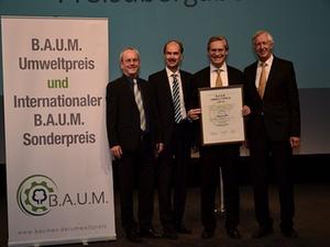 Unternehmen: Alexander Otto erhält B.A.U.M.-Umweltpreis 2014