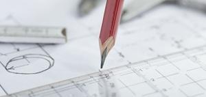 Genehmigte Wohnungen: Bauüberhang wächst auf zwei Jahre an