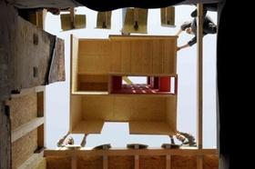 Baustelle mit Holz