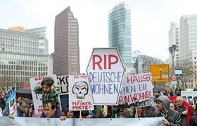 Berlin Demo gegen Deutsche Wohnen Miete