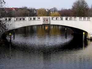 Buwog kauft knapp 2.000 Wohnungen in Berlin