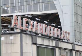 Berlin_Alexanderplatz_Schriftzug