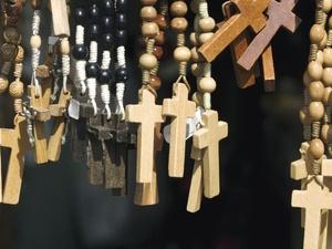 Kirchlicher Arbeitgeber darf konfessionslose Bewerberin ablehnen