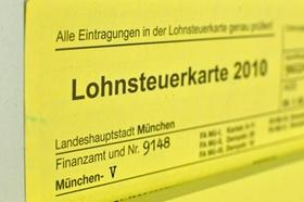 Bildausschnitt der Kopfzeilen der gelben Lohnsteuerkarte 2010