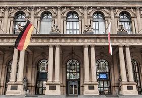 Börse Frankfurt_Frankfurter Börse_Großansicht frontal