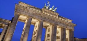 Berliner CDU fordert Anhebung der Beamtenbesoldung
