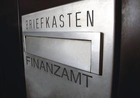 Briefkasten an Finanzamt