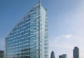 Bürogebäude 30 Crown Plaza London_Hannover Leasing