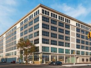 Hamburg Trust Fonds kauft Finanzierung für Büros in New York