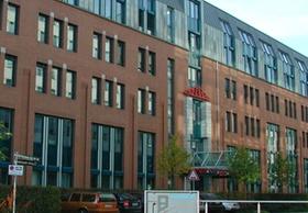 """Bürogebäude am """"Seestern"""" in Düsseldorf"""