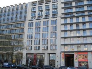 Finanzdienstleister eröffnet erste Berliner Niederlassung