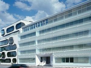 Zurich kauft Hamburger Büroensemble von Competo und Becken