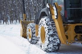 Bulldozer im Schnee