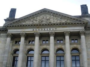 Bundesrat: Vereinfachung des Steuerrechts