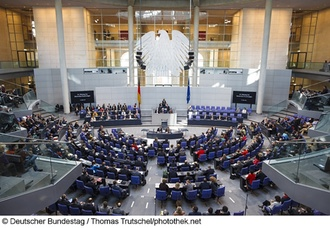 Sozialer Wohnungsbau: Grundgesetzänderung: Bundestag stimmt Wohnungsbauförderung zu