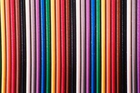 Bunte Stifte nebeneinander, Spektrum