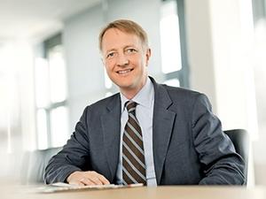 Interview mit Dr. Carsten Thies: Technologie, IT und Immobilien