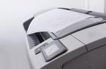 Close-Up von Drucker mit Papier