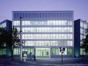 Unternehmen: Swiss Life kauft Corpus Sireo