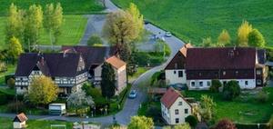 § 13b BauGB: Wohnungsbau am Ortsrand versus Flächenverbrauch