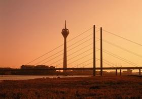 Düsseldorf Skyline im Sonnenuntergang